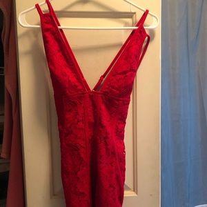 Red Lace Tobi Dress size XS, NEVER WORN!
